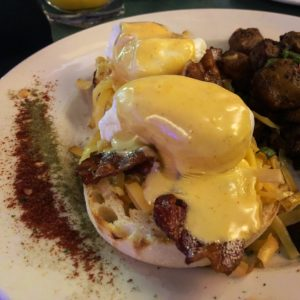 Ouisi Bistro / Eggs Nola